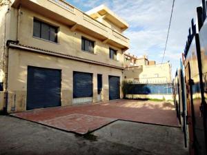 Vente d'un site commercial de 1470 m2 à Bejaia