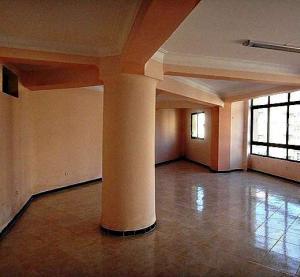 Location, Open space 420 m², Commercial au cœur de Bejaia