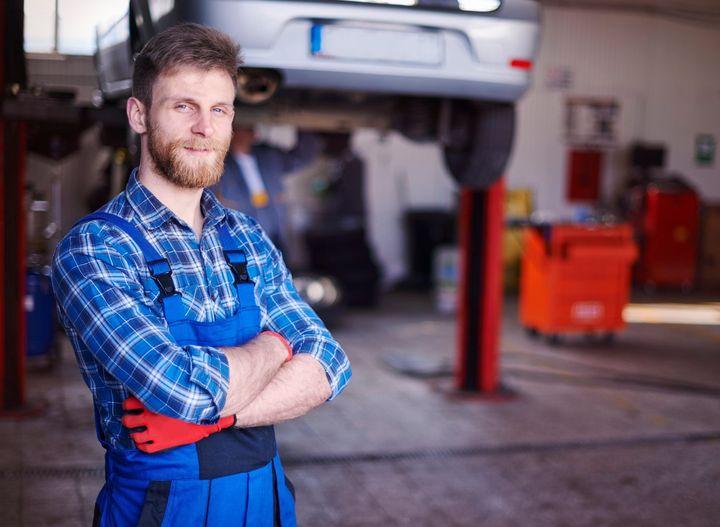 Ouverture de poste: l'Ambassade des États-Unis recherche un mécanicien automobile.