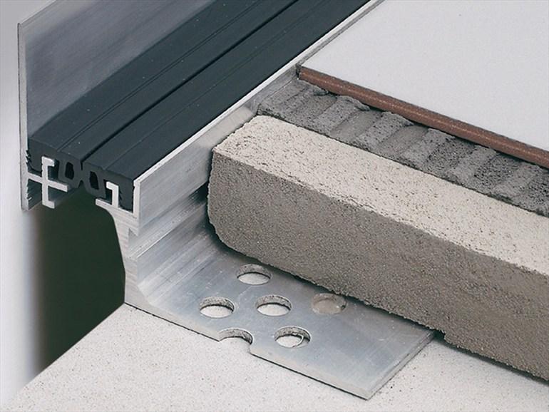 Joints fonds de joint et couvre joint pour le b timent - Joint de dilatation beton tous les combien ...