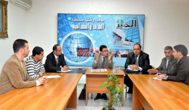 الجزائر تنجز مدنا جديدة بمنطق المحتشدات المهندسون المعماريون في ندوة ''الخبر''