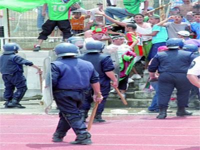 13 blessés dans la vente des billets Finale de Coupe d'Algérie de football