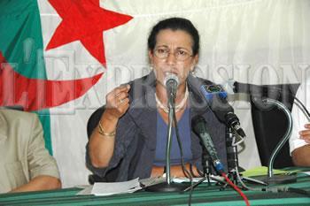 Hanoune ouvre le feu sur Benbitour ELLE SE DIT CONTRE LA LIMITATION DES MANDATS PRESIDENTIELS