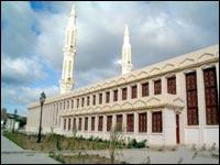 Majestueuse, la mosqu�e du 1er-Novembre de Batna !