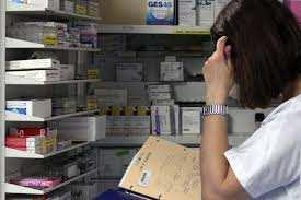 Médicaments : La facture poursuit sa baisse