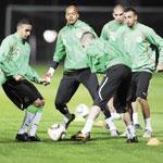 تأجيل مباراة (الجزائر تونس) إلى وقت لاحق تحضيرات