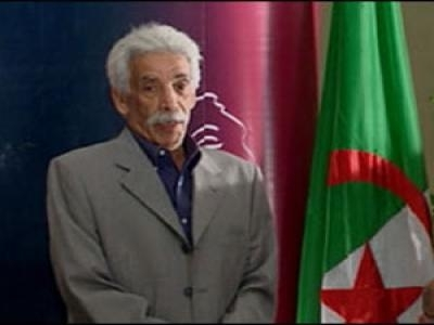 الأيام الوطنية لمسرح الواحات تكرم امحمد بن ڤطاف