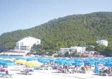 الجزائر بلد سياحي بلا سيّاح