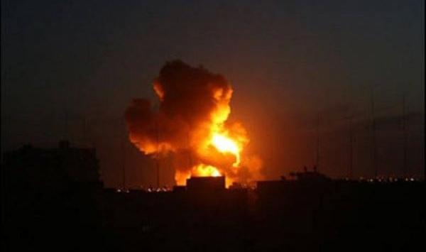 غارات اسرائيلية مكثفة على قطاع غزة والمقاومة تواصل قصفها