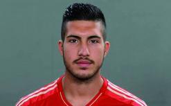 إيمري لاعب ليفربول يتعاطف مع أهالي غزة