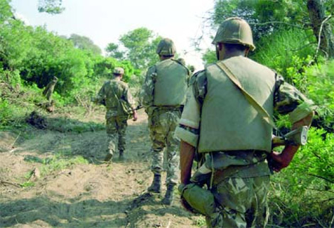 استشهاد ثلاثة عسكريين وأربعة من الحرس البلدي في سيدي بلعباس