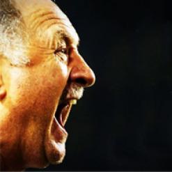 سكولاري يتحدى البرازيليين ويرفض الرحيل عن المنتخب