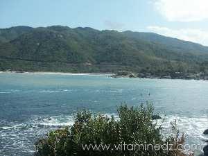 La plage Tamanart envahie par les campeurs  Fermée officiellement pour des raisons sécuritaires