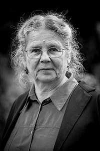 Françoise Saur (née en 1949 à Alger) est une photographe française qui vit et travaille en Alsace.