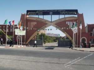 أساتذة جامعة أدرار في احتجاج ردا على إقصائهم من السكن الوظيفي