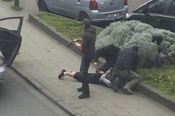 الشرطة البلجيكية تعتقل خمسة مشتبهين في هجمات بروكسل وباريس