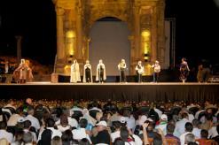 """الراي النايلي والسطايفي طبوع السهرة الثانيةالفن الجزائري يستأثر بمهرجان """"جميلة"""" العربي في ثاني لياليه"""