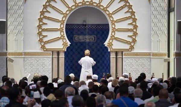 فرنسا تؤيد التعليق المؤقت لتمويل المساجد من الخارج