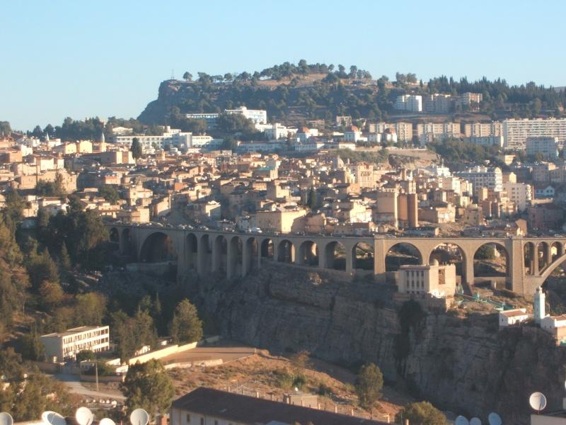 De restauration de la vieille ville fait au cours de la séance de