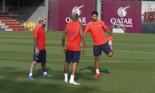 لأول مرة ميسي وسواريز ونيمار معاً في تدريبات برشلونة