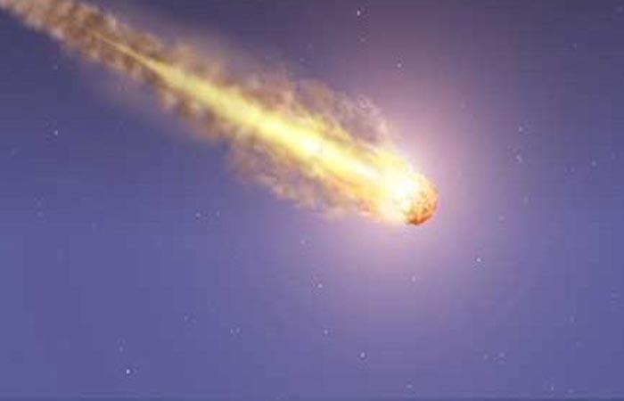 كرة نارية تمر عبر سماء قسنطينة