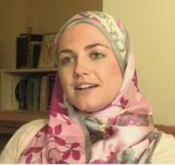 نجمة هوليوود سيرا تعتنق الإسلام