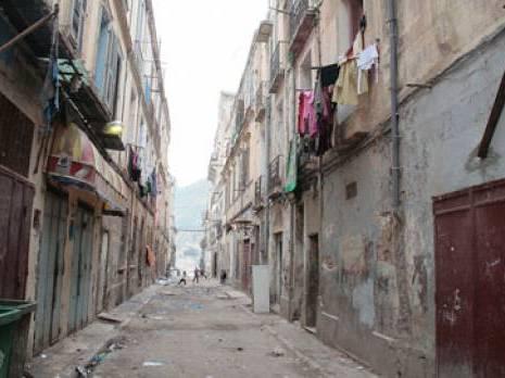 Quartier Derb : un immeuble s'effondre partiellement de nouveau Oran : les autres articles