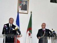 L'Algérie et la France pour une solution politique à la crise malienne
