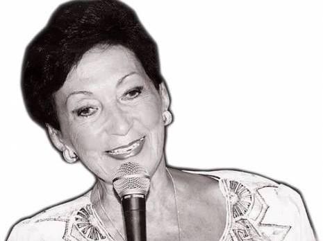 Amina Belouizdad. speakerine : ma destination Club des Pins (Alger)                                    Culture : les autres articles