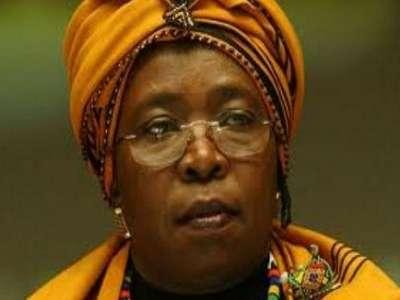 امرأة تقود إفريقيا لأول مرة.. والحروب في انتظارها