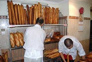 تزويد المخابز بمولدات كهربائية وإلغاء عطلة الخبازين خلال شهر رمضان