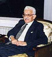 Biographie d'Abdelmalek Benhabylès
