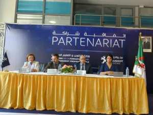 Signature d'une convention de partenariat entre le ministère de la  Formation et de l'enseignement professionnels et la société Peugeot Algérie