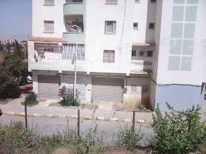 location local 18m2 birkhadem ain naadja 27000 da négociable