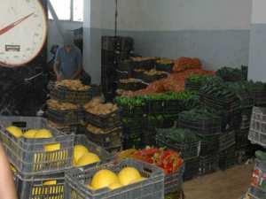 Pour combattre les spéculateurs des prix des fruits et légumes L'urgence d'un plan national pour les marchés de gros et de proximité