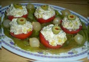 Tomates farcies au fromage aux herbes