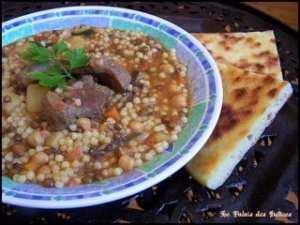 Berkoukes ( abazine kabyle / aich ), spécialité algérienne