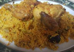 ارز بالدجاج والبرتقال والجزر
