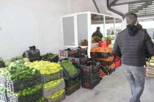 Marché_de_gros_fruits_et_légumes