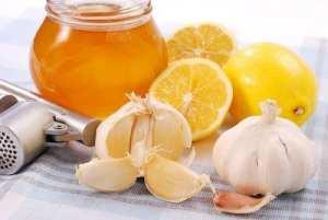 Miel ail et citron pour bien commencer la journée et renforcer vos défenses