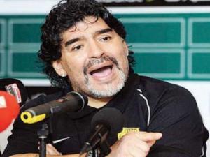 مارادونا لن يتراجع عن تصريحاته النارية رغم العقوبات