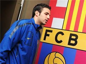فابريجاس : أشعر أن مشواري مع كرة القدم بدأ من جديد