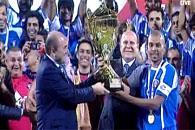 منتخب الكويت يتوج بلقب بطولة الأردن الدولية