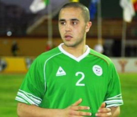 رئيس نادي لخويا: مجيد بوقرة سيتقمص ألوان فريقه الموسم المقبل