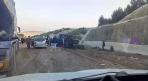 Hoceinia (Ain Defla)  - Deux morts et 11 blessés dans un carambolage