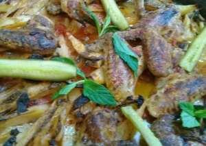 أجنحة دجاج بالزبادي والزعتر