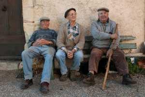 La politique rajeunit les vieillards : Je suis jeune a 84 ans
