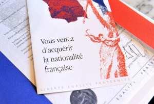Durcissement de l'accès à la nationalité Française