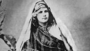Les manuscrits d'Isabelle Eberhardt visibles pour la première fois à Genève