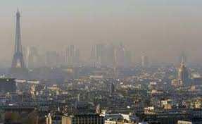 Planète - Paris: Pourquoi la capitale française s'est-elle déclarée en «état d'urgence climatique»?